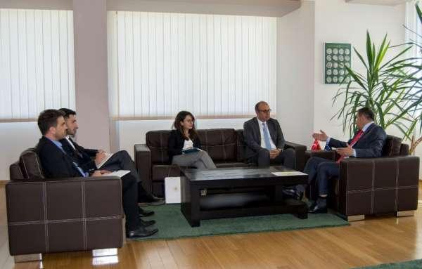 Türkiye'nin Kosova Büyükelçisi Sakar, Kosova Çevre ve Alan Planlama Bakanı Mato