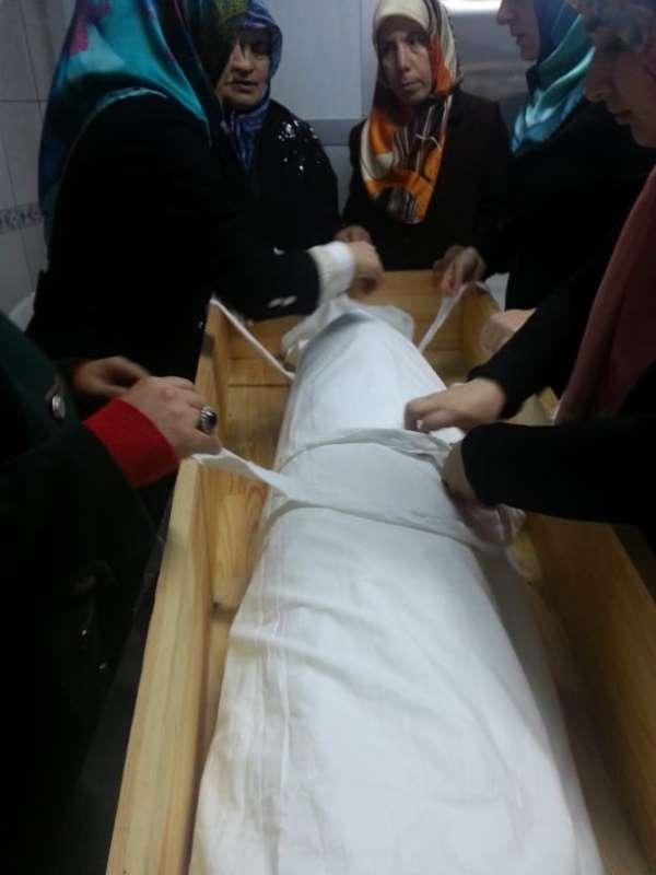 Trabzon'da cenaze hizmetleri kursuna bayan ilgisi