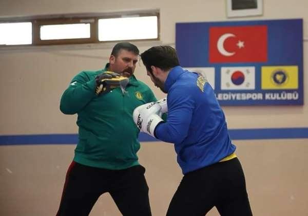 Kick Boks antrenörü İbrahim Macun, korona virüse yenik düştü