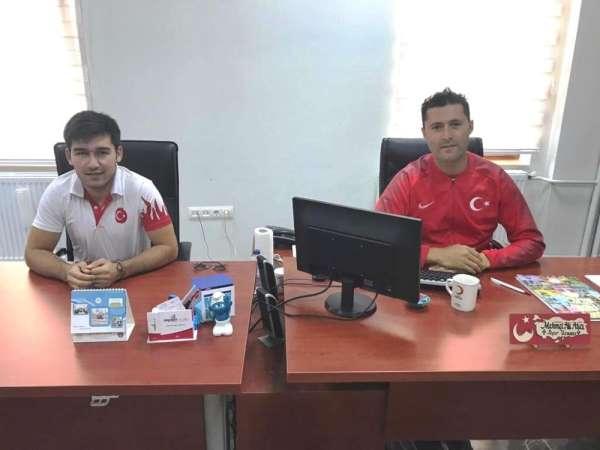 Gençlik Spor İlçe Müdürlüğü'ne Spor Uzmanı ve Badminton Antrenörü