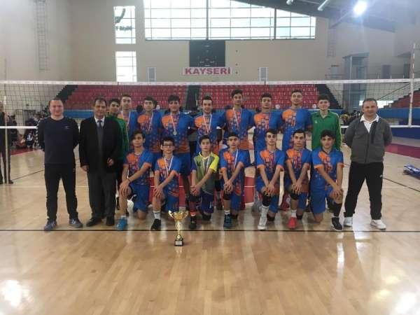 Hürriyet Mesleki ve Teknik Anadolu Lisesi Kayseri Şampiyonu Oldu