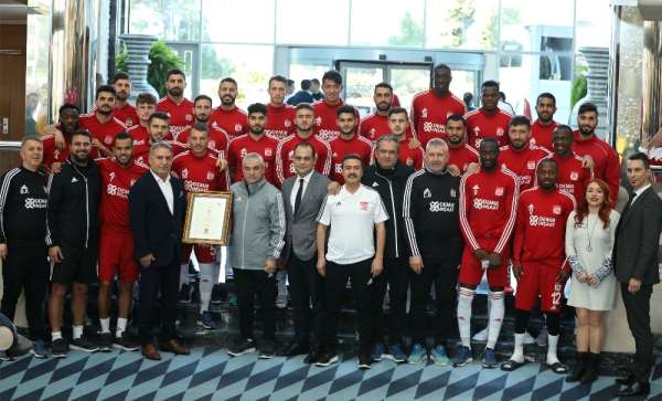 Lider Sivasspor'un Antalya kampı sona erdi