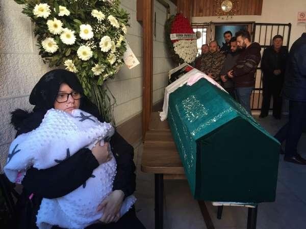 TEM'deki feci kazada hayatını kaybeden karı koca son yolculuğuna uğurlandı