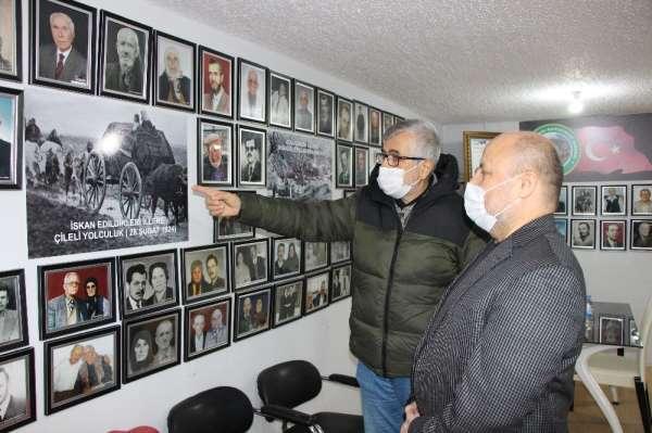 Derneğin duvarlarını 300 hatıra fotoğraf kaplıyor