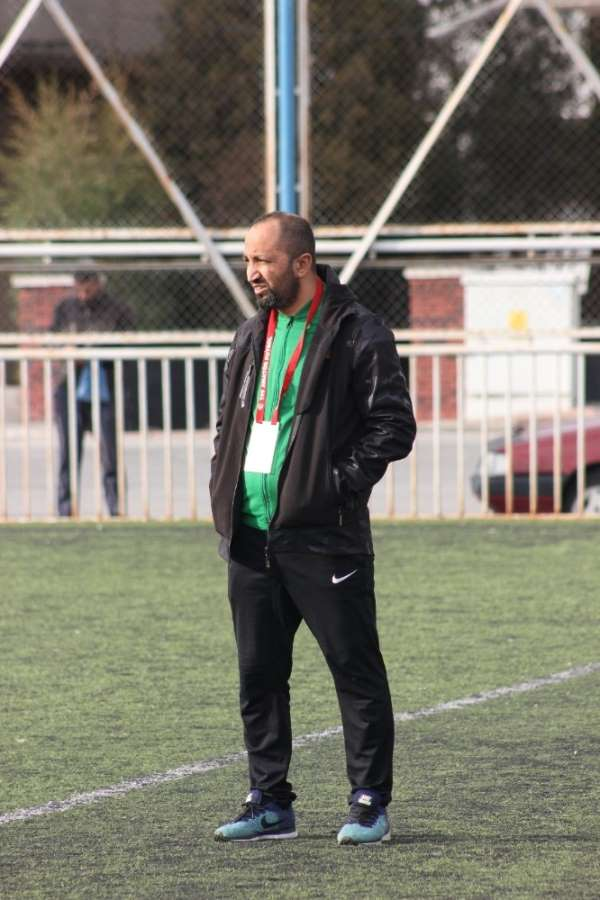 Yahyalıspor Antrenörü Erkan Demirel: 'Ligler Haziran ayında oynatılır'