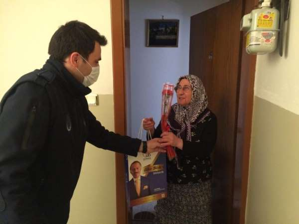 Başkan Aydıner'den şehit annelerine 'Anneler Günü' sürprizi