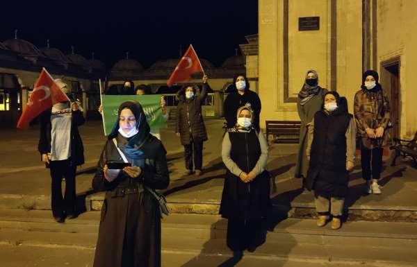 Ahlatta İsrailin saldırıları protesto edildi