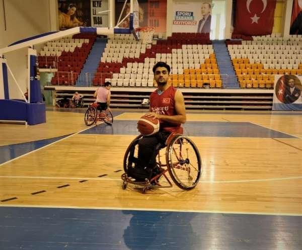 ASAT sporcusu İzzet Alkış Milli Takıma seçildi