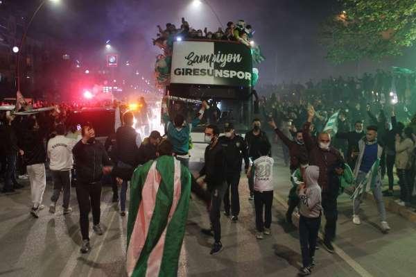 Giresunlular Süper Lig zaferini kutladılar