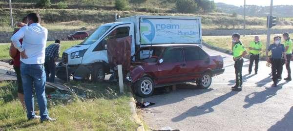 Manisada trafik kazası: 3 yaralı