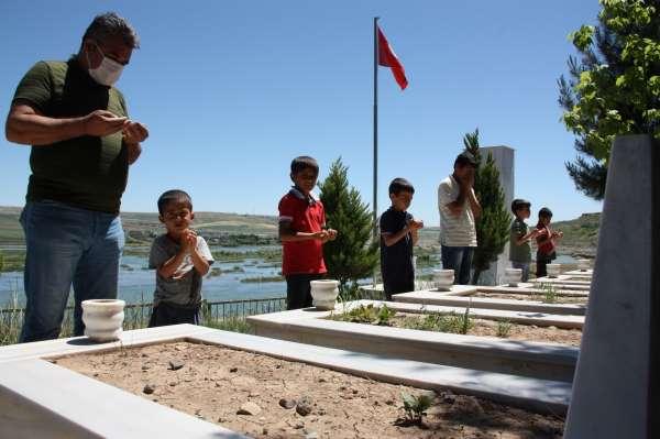 Terör örgütü PKK yüzünden bayramda ellerini öpecekleri babaları olmayacak