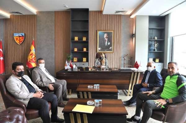 Başkan Büyükkılıçtan Kayserispor ziyareti