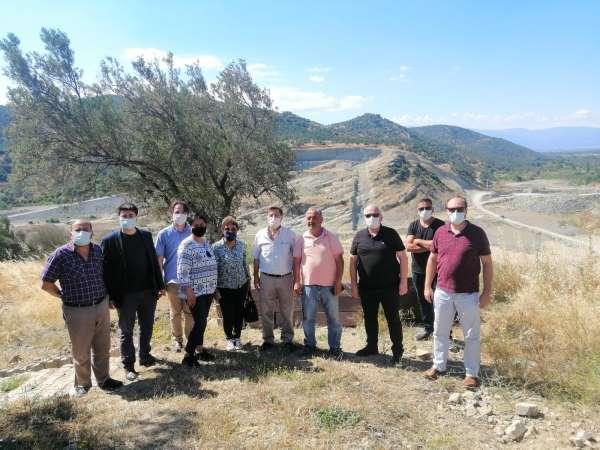 Burhaniyede Reşitköy Barajı inşaatı devam ediyor