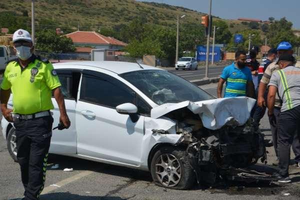 İzmirde trafik kazası: 9 yaralı