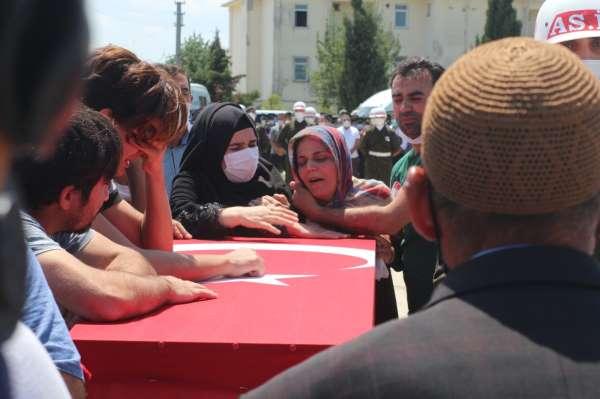 Şehit Piyade Er Rıdvan Sağdıç son yolculuğuna uğurlandı