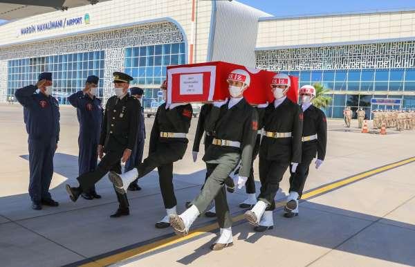 Silah kazasında şehit olan piyade er için Mardinde tören düzenlendi