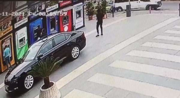 Yomrada Belediye Başkanı Bıyıka silahlı saldırı anı güvenlik kameralarına saniye saniye yansıdı
