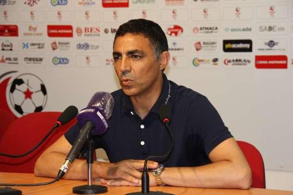 Mustafa Özer: 'Eskişehir takımına sahip çıkmalı'