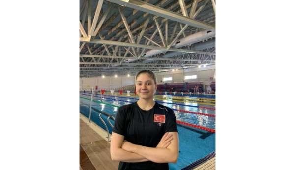 Eskişehirli milli yüzücü Avrupada finallere yükseldi