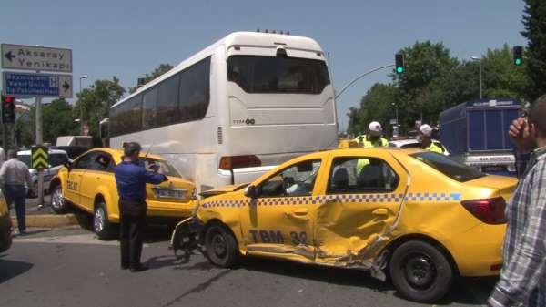 Fatihte zincirleme kaza: 3 yaralı
