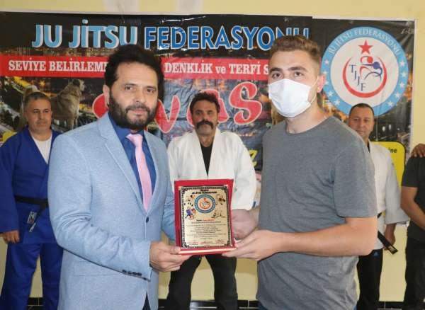 Ju Jitsu Federasyonundan İHAya teşekkür plaketi