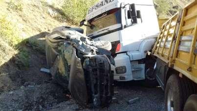 Hakkari'de trafik kazası: 2 yaralı
