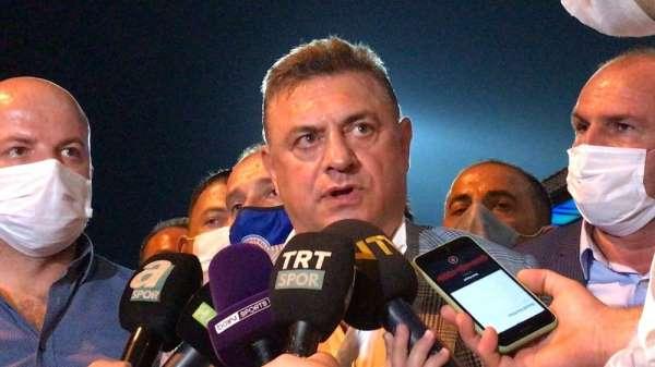 Hasan Kartal: 'Bu hakem değil. Bunu sokakta bulup getirmişler'