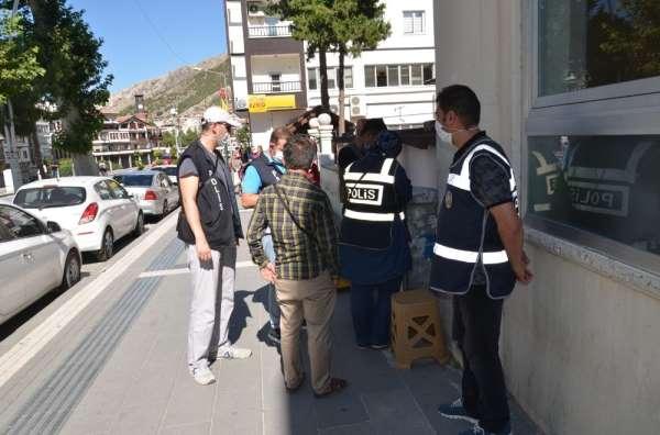 Maske takmayan 150 kişiye 140 bin lira para cezası