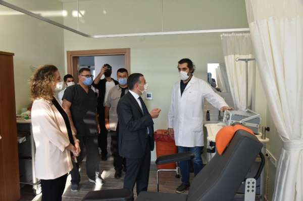 Vali Atay, Düzce Üniversitesi'ni ziyaret etti
