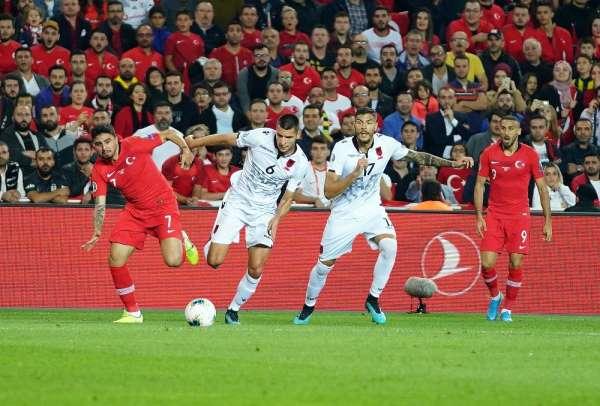 EURO 2020 Elemeleri: Türkiye: 0 - Arnavutluk: 0 (İlk yarı)