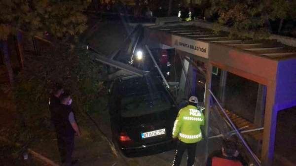 Ispartada 6 kişinin yaralandığı kazada olay yerinden kaçan ehliyetsiz sürücü tutuklandı