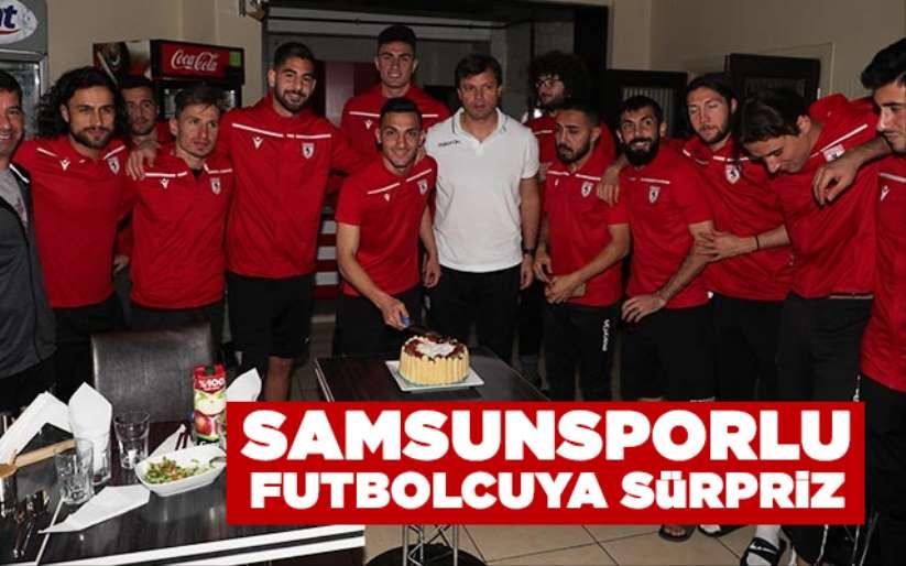 Samsunsporlu futbolcuya sürpriz!
