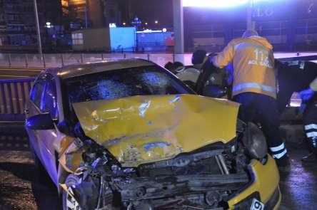 Başkent'te trafik kazası: 1'i ağır 3 yaralı