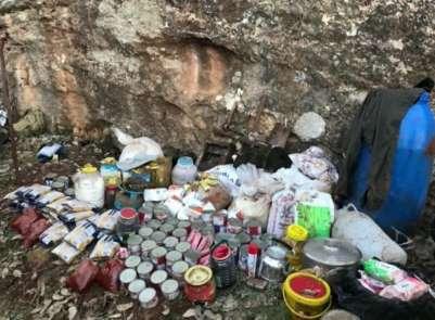 Mardin'de teröristlere ait sığınak ve barınaklar imha edildi