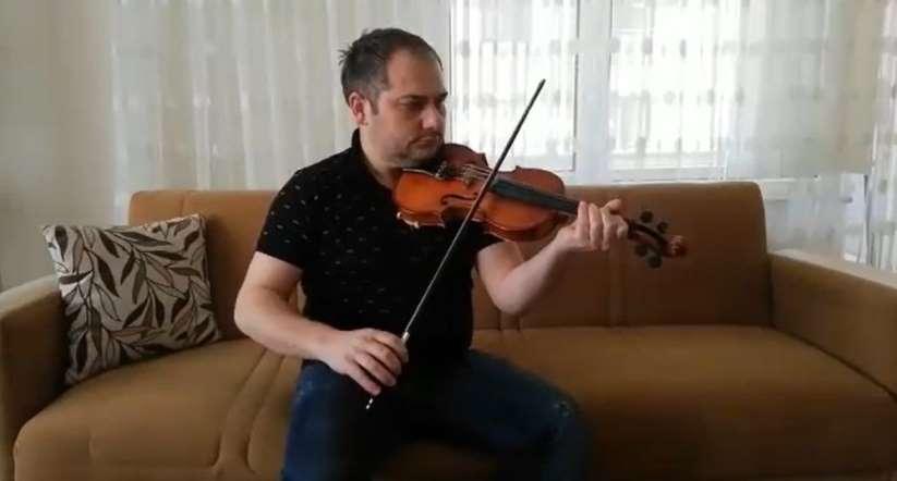 Samsun'da öğretmenlerden 'evde kal' şarkısı