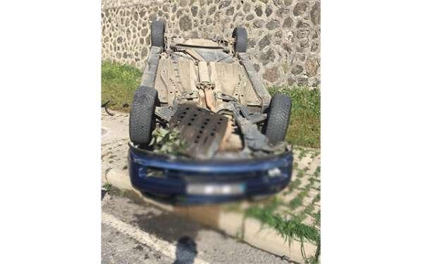 Samsun'da otomobil takla attı