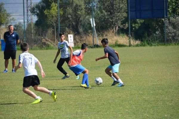 Futbolda altyapı çalışmaları sürüyor
