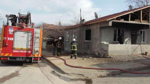 Evde çıkan yangın maddi hasarla atlatıldı