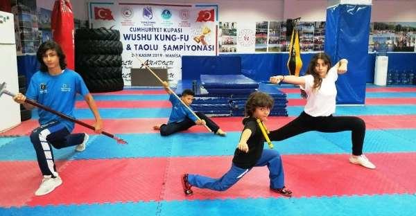 Gençler Yunusemre ile spora devam ediyor