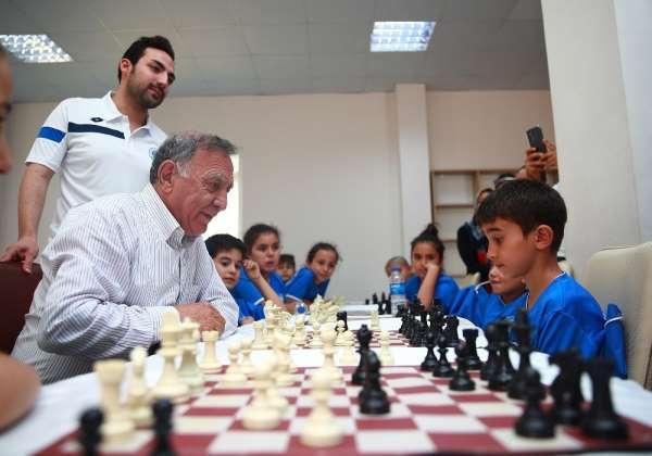 Akay: 'Hedefimiz satranç sporunu yaygınlaştırmak'