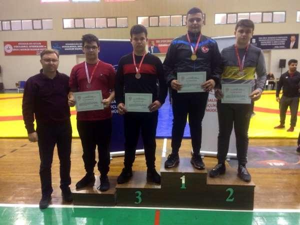 İhlas Koleji öğrencisi Türkiye Şampiyonası'na katılacak