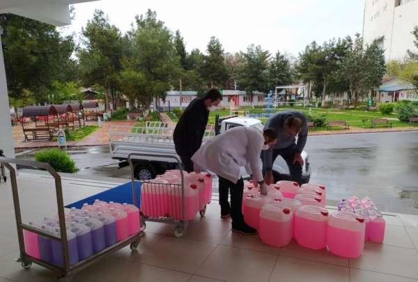 Batman Üniversitesinden kamu kuruluşlarına sıvı sabun desteği