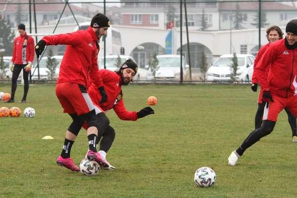 Eskişehirsporda Tuzlaspor deplasmanı hazırlıkları tamamlandı