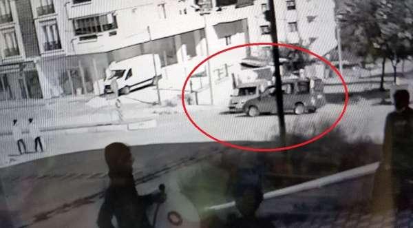 Samsunda iki kişinin yaralandığı kaza güvenlik kamerasında