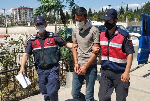 Kavga ettiği kişinin aracını çalıp camını kıran şahıs, serbest bırakıldı