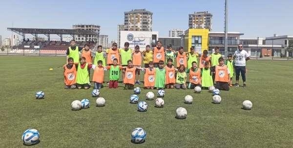 GSBde Okullarında futbol ve futsal ilgi görüyor