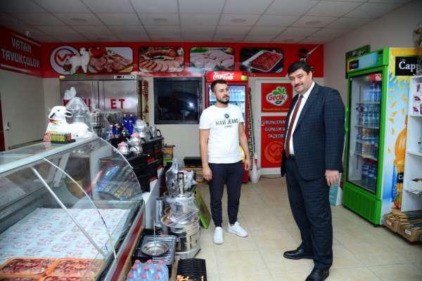 Kahramankazan Belediye Başkanı Oğuz, esnaf ziyaretlerini sürdürüyor