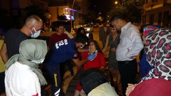Kazada yaralanan hamile eşinin elini ambulansa kadar bırakmadı