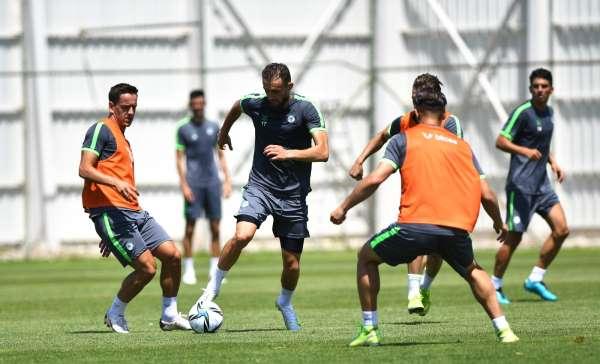 Konyasporda yeni sezon hazırlıkları devam ediyor