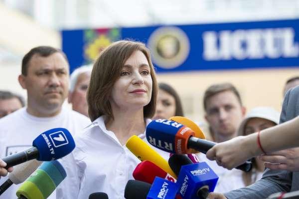 Moldovadaki erken genel seçimi Cumhurbaşkanı Sandunun partisi kazandı